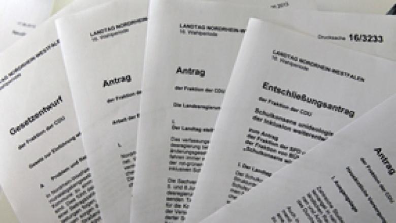 Parlamentarische Dokumente